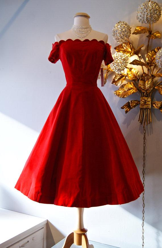 1950S-Style Formal Dresses
