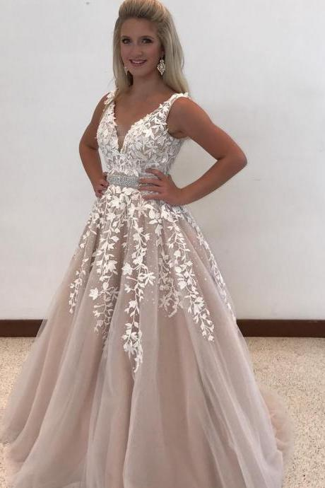 White Lace Appliques Champagne Tulle Prom Dresses Beaded Waist Ball Gowns V neck Evening Dresses