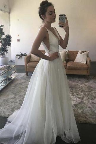 Elegant A-Line V-Neck Sleeveless White Long Prom/Evening Dress