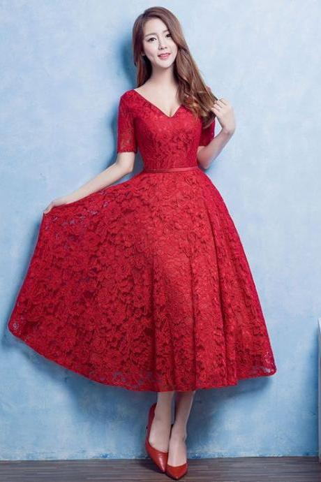 Red Prom Dresses,Charming Evening Dress,Vintage Prom Gowns,Lace Prom Dresses,New Prom Gowns,Red Evening Gown
