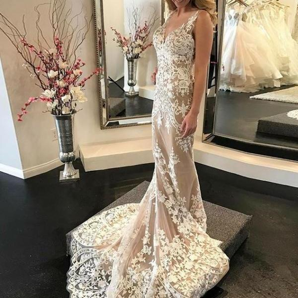 Mermaid V-Neck Sweep Train Light Champagne Wedding Dress with Appliques,BW92413